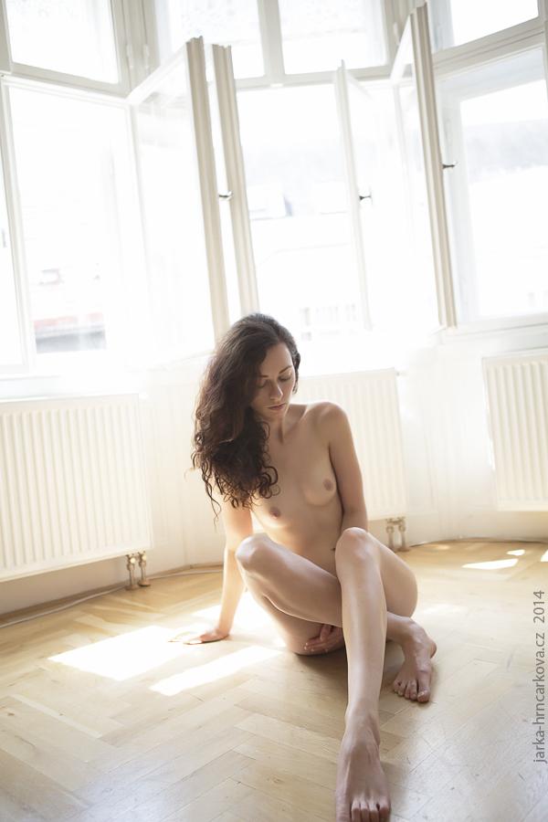 nude magazine fotograf praha focení aktů fashion photographer fashion dresslab akty  moda